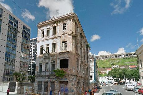 Casarão fica dentro da poligonal de tombamento do Instituto Histórico e Artístico Nacional