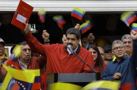 Maduro disse que forças especiais foram mobilizadas para identificar autores do ataque