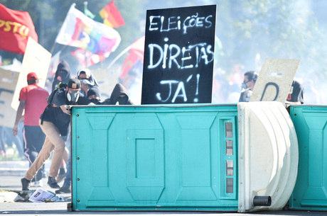 Temer revoga decreto que colocou Exército nas ruas de Brasília