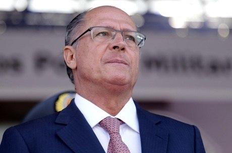 Governador anunciou o afastamento dos dois policiais em um evento em Americana, no interior de São Paulo