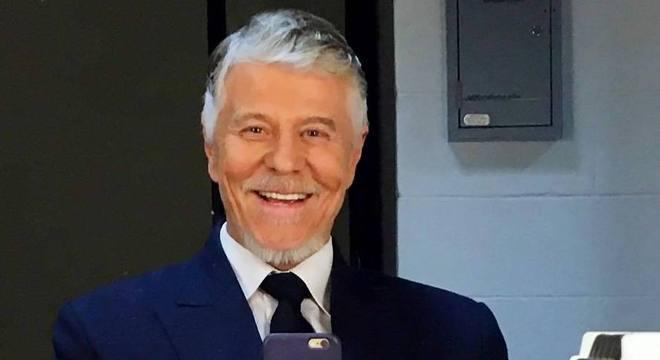 Miguel Fabella anda mergulhado em textos, após deixar a Globo