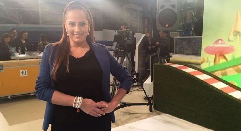 "Silvia Abravanel apresenta o ""Bom Dia & Cia."" no SBT"