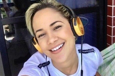 Michele Andrade é a nova vocalista da X-Calypso