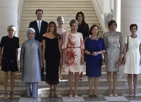 Marido do premiê de Luxemburgo posa ao lado de primeiras-damas