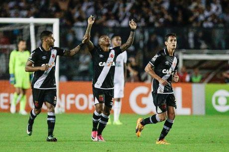 ce8322c4e9af3 Manga Escobar foi decisivo na vitória do Vasco pelo Brasileirão