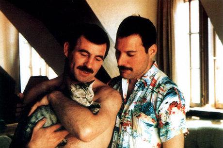 Vida amorosa de Freddie Mercury não será abordada