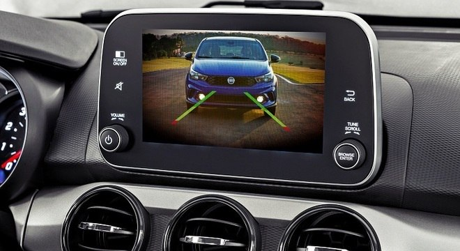 Nova central multimídia tem tela touch de 7 polegadas e as plataformas Android Auto e Carplay