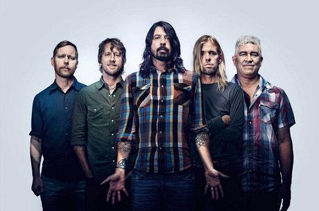 Foo Fighters contou com Harper Grohl na bateria em show