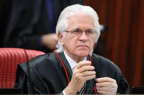 O ministro do STJ Napoleão Nunes Maia Filho