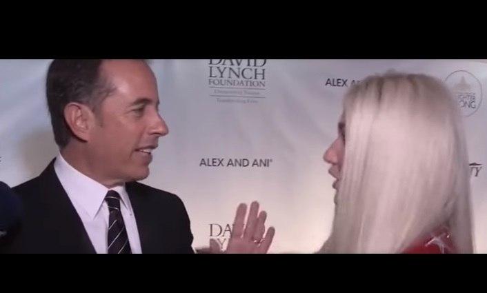 Seinfeld recusou abraço a Kesha