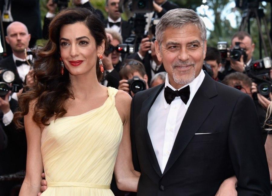 Gêmeos de George e Amal Clooney são fotografados pela primeira vez