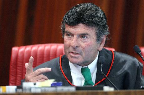 Ministro Fux, presidente do TSE, foi o relator da resolução