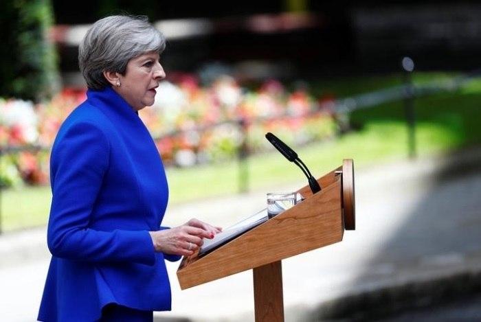 May fecha acordo com unionistas da Irlanda do Norte — Reino Unido