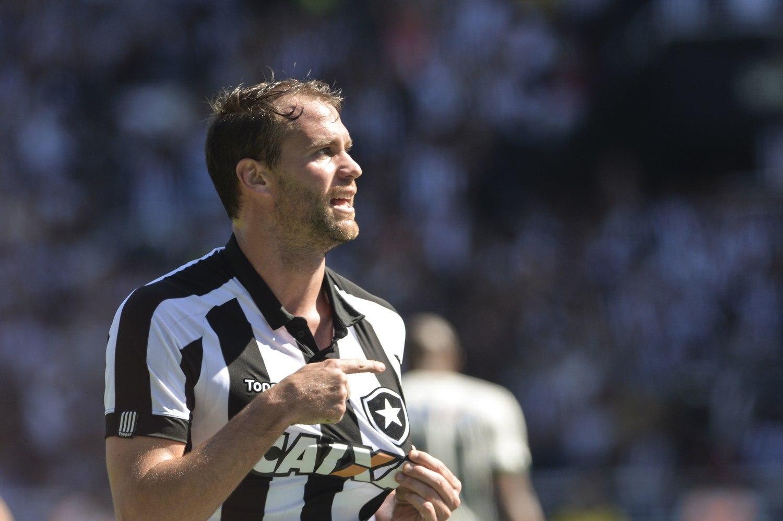 Jair Ventura elogia Coritiba e lamenta desfalques no Botafogo