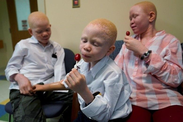 Elissa Montanti, diretora da organização de saúde que recebeu as crianças na Filadélfia, afirma que elas chegaram à instituição com a auto-estima bastante comprometida. 'Nós tentamos recuperar a força delas', disse em entrevista à agência Reuters