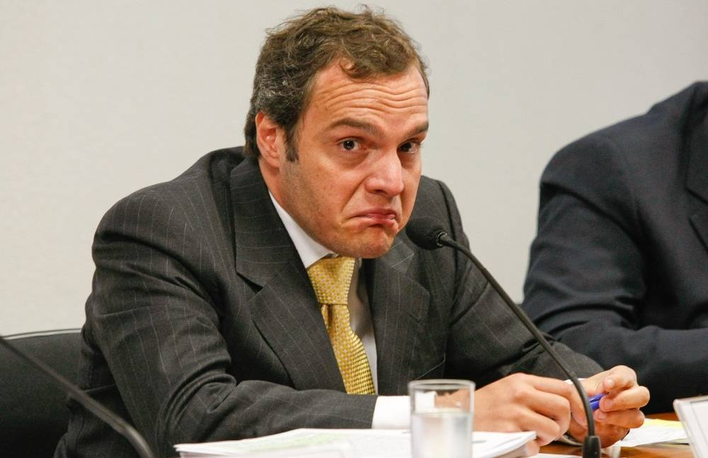 Funaro aponta pedido de comissão