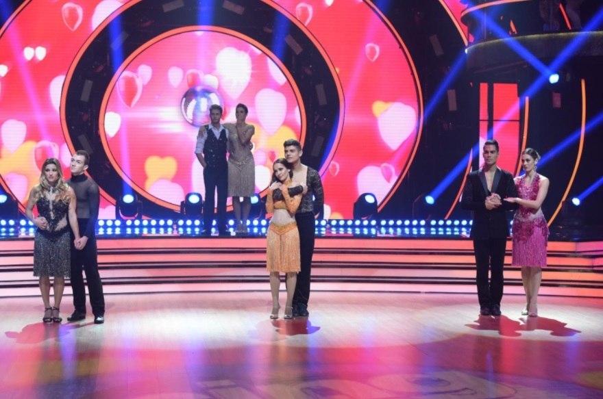 Cantor Mika é eliminado do Dancing Brasil