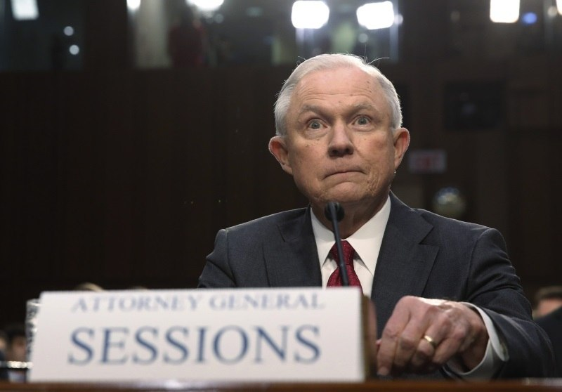 Jeff Sessions e conluio com russos: