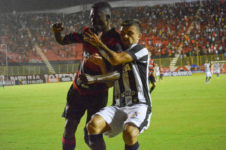 Vitória e Botafogo fizeram um jogo truncado em Salvador