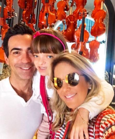 Ticiane Pinheiro trolla César Tralli no YouTube: