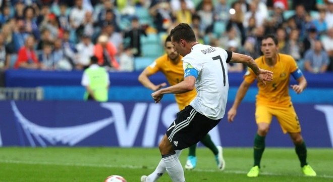 Alemanha sofreu mais do que o previsto para vencer a Austrália na estreia da competição