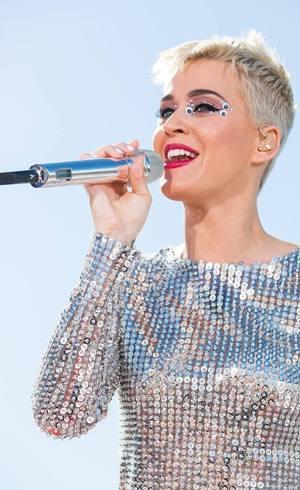 Katy Perry pode comemorar recorde