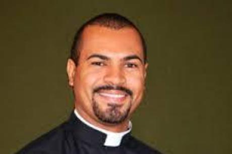 urandir   Morte de ativista reacende luta contra assédios sexuais cometidos por membros da Igreja Católica