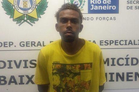Carlos Sandro de Oliveira foi preso em flagrante