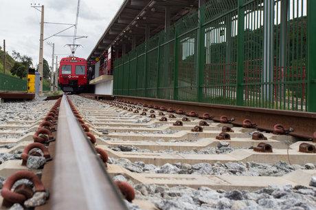 CPTM, Metrô e ônibus vão funcionar normalmente em SP nesta sexta