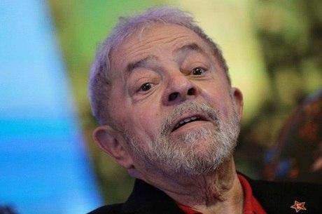 Ex-presidente Lula tem entre 29% e 30% das intenções de voto. Mas quase metade dos brasileiros não votaria nele de jeito nenhum