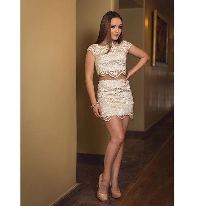 Top O estilo de Larissa Manoela: 30 looks da atriz para você se  TU41