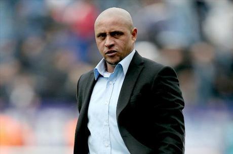 Roberto Carlos deve ficar em regime fechado