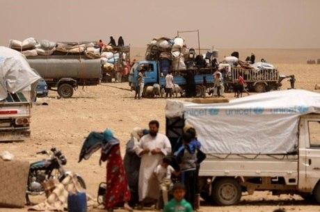 Confrontos do regime de Assad são a principal causa da fuga de civis da Síria