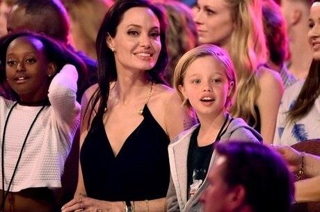 Shiloh Jolie Pitt inicia processo de mudança de sexo
