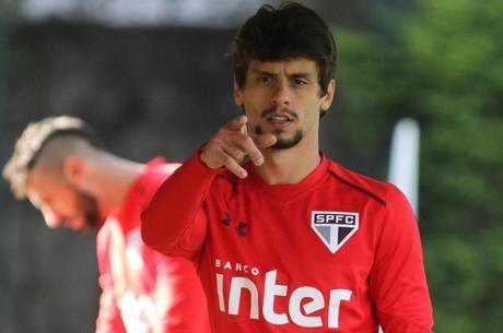 Possível saída de Rodrigo Caio é uma das pautas da reunião