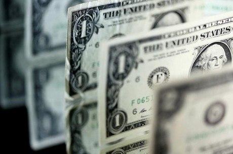 Na mínima da sessão, o dólar marcou R$ 3,1763
