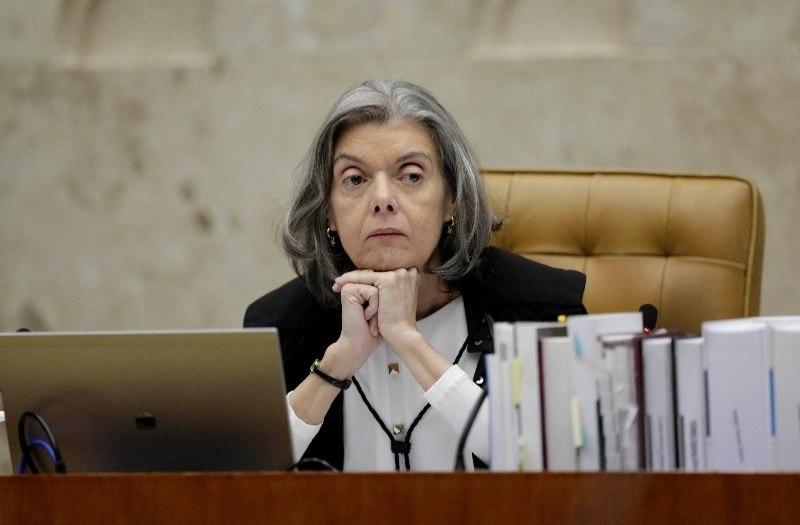 Cármen Lúcia afirma que Lula não deve ser privilegiado