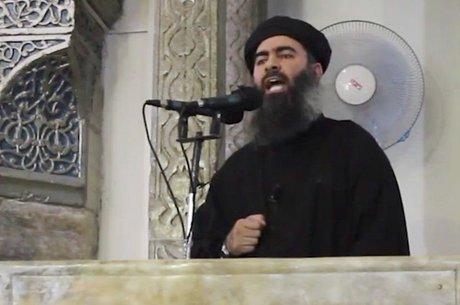 Abu Bakr al Baghdadi fez sua primeira aparição pública como líder do Estado Islâmico em julho de 2014