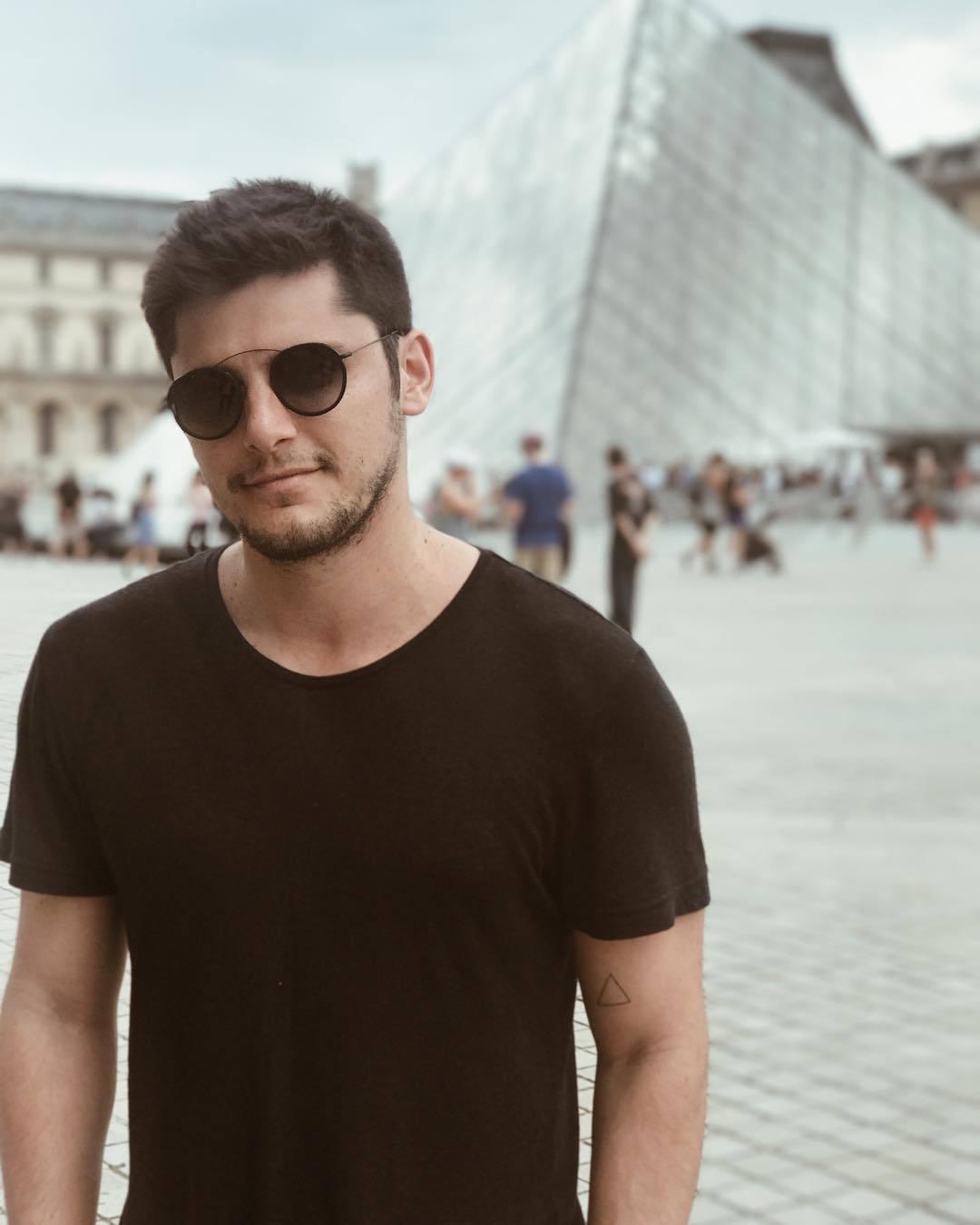 Bruno Gissoni fala sobre vídeo íntimo vazado na web