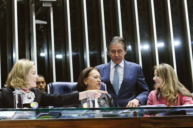 Temer vai sancionar reforma trabalhista amanhã, afirma ministro