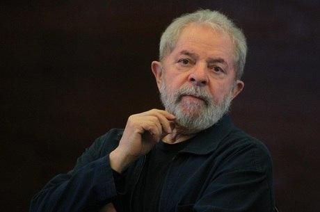 Advogados disseram que Lula foi alvo de uma investigação com motivações políticas