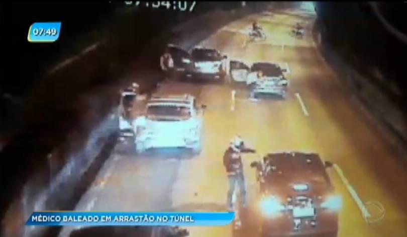 Médico é baleado em tentativa de arrastão no Túnel Rebouças