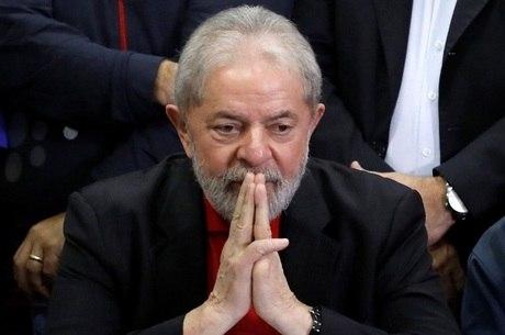 Ex-presidente Lula já está preso há mais de um ano