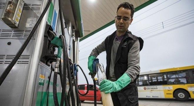 Número de fiscalizações a postos de combustíveis subiu 4,5% no ano passado
