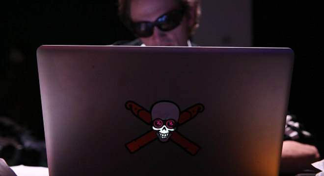 Em maio deste ano, um ataque hacker atingiu 200 mil computadores em 150 países