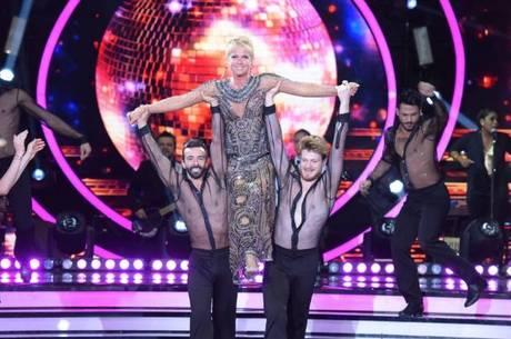 Xuxa em apresentação na 1ª temporada do Dancing Brasil