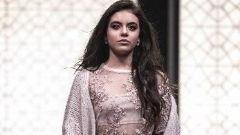 Giullia Miranda sempre sonhou em ser modelo (Edu Moraes/Record TV)