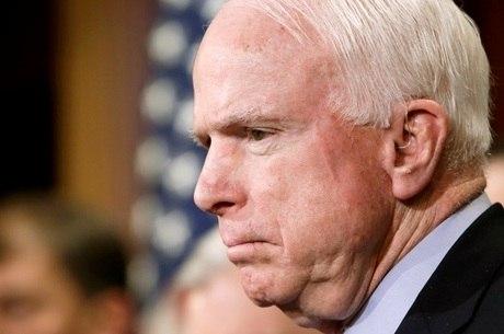Em 2008, John McCain perdeu as eleições presidenciais na disputa com Barack Obama