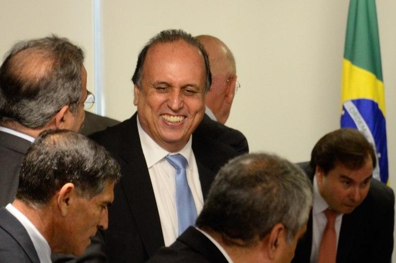 BNDES analisa viabilidade da compra de estatal do Rio