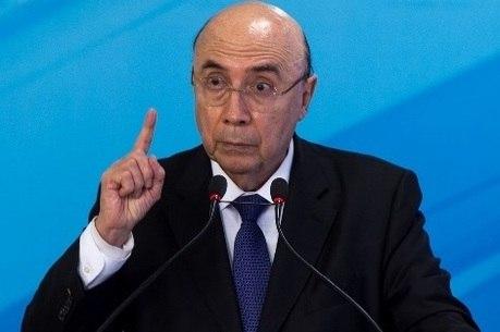 Resultado de imagem para Governo quer aprovar reforma da Previdência até outubro, diz Meirelles